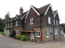 Accommodation-Dorking-Surrey-Bed-Breakfast-Hotel-Room-Gatwick-Airport-Exclusive-Quality-Country-Quiet-Peaceful-036