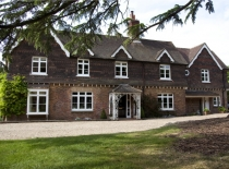 Accommodation-Dorking-Surrey-Bed-Breakfast-Hotel-Room-Gatwick-Airport-Exclusive-Quality-Country-Quiet-Peaceful-039