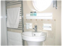 Accommodation-Dorking-Surrey-Bed-Breakfast-Hotel-Room-Gatwick-Airport-Exclusive-Quality-Country-Quiet-Peaceful-098