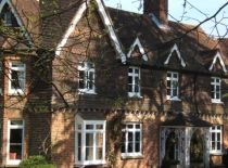 Accommodation-Dorking-Surrey-Bed-Breakfast-Hotel-Room-Gatwick-Airport-Exclusive-Quality-Country-Quiet-Peaceful-105
