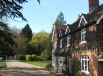 Accommodation-Dorking-Surrey-Bed-Breakfast-Hotel-Room-Gatwick-Airport-Exclusive-Quality-Country-Quiet-Peaceful-110