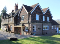 Accommodation-Dorking-Surrey-Bed-Breakfast-Hotel-Room-Gatwick-Airport-Exclusive-Quality-Country-Quiet-Peaceful-111