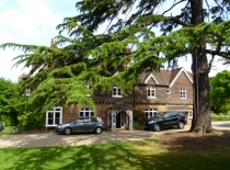 Accommodation-Dorking-Surrey-Bed-Breakfast-Hotel-Room-Gatwick-Airport-Exclusive-Quality-Country-Quiet-Peaceful-116