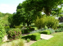 Accommodation-Dorking-Surrey-Bed-Breakfast-Hotel-Room-Gatwick-Airport-Exclusive-Quality-Country-Quiet-Peaceful-118